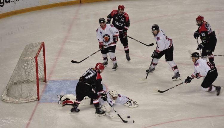 Hockey Hielo: 650 personas presencian la derrota del Majadahonda en Jaca con gol del honor del finlandés Airaksinen (4-1)