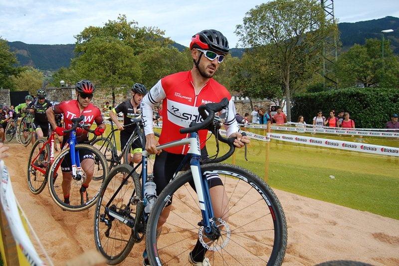 Presencia de ciclistas de Majadahonda en la 4ª prueba de la Copa de Madrid en Mejorada del Campo