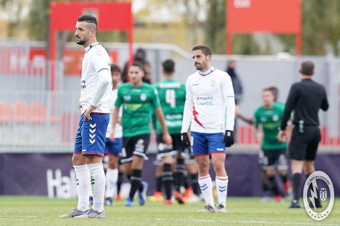 """La mayoría de la afición respalda al Rayo Majadahonda a pesar del """"sorpresón"""" del Langreo (0-2)"""