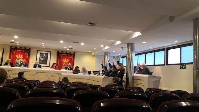 Pleno Majadahonda: debates sobre los aparcamientos de Gran Vía y Renfe, funcionarios y ambulancia