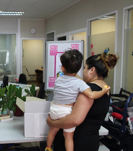 La Fundación RedMadre en Pozuelo, Las Rozas y Majadahonda y su apoyo integral a la mujer embarazada: críticas internas a Vox