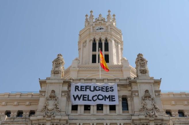 """El Ayuntamiento de Majadahonda ofrece """"10 pisos con 2 o más habitaciones"""" para los refugiados de Madrid"""