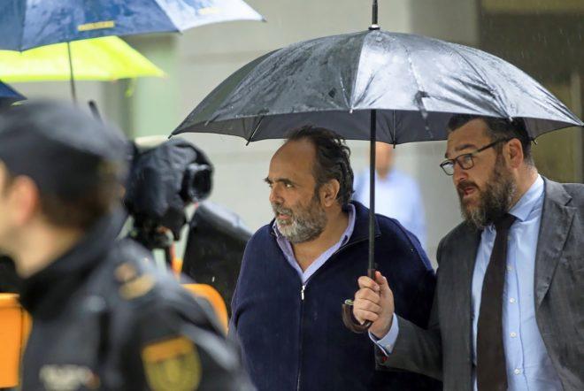 Hacienda audita los 56.000 € que el Ministerio de Justicia del PP pagó al abogado de Willy Ortega (Majadahonda)