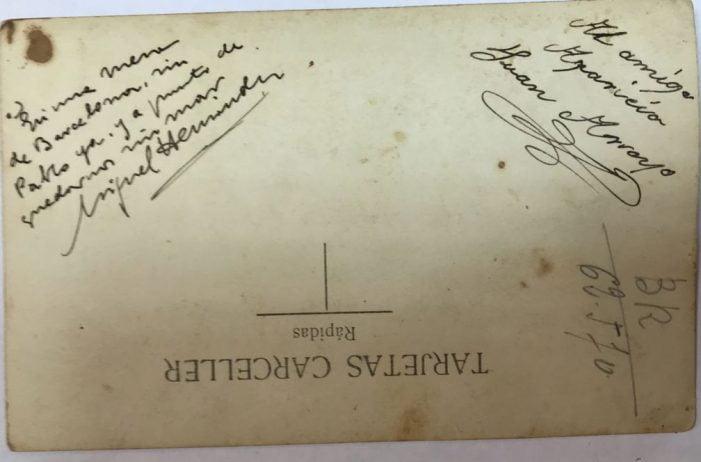 Subastan un manuscrito del poeta Miguel Hernández sobre su amigo cubano Torriente muerto en Majadahonda