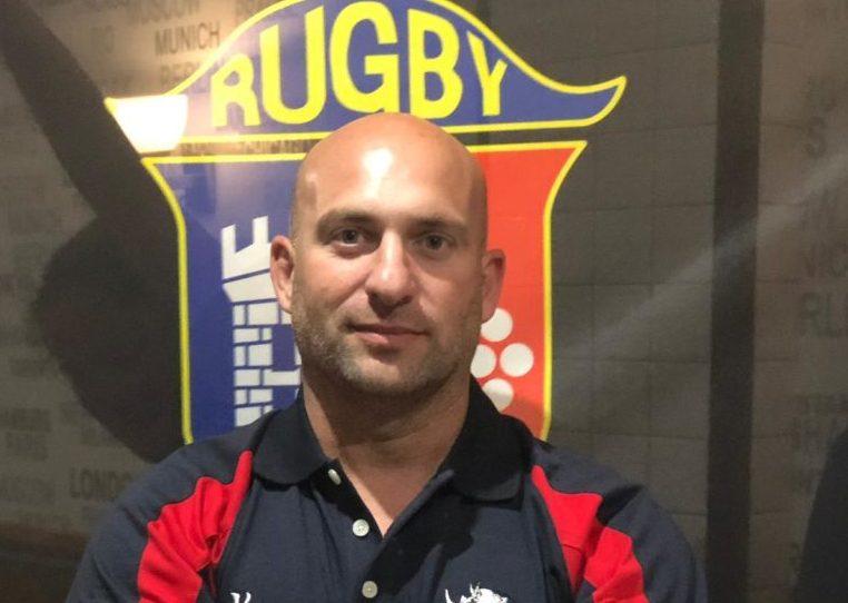 """Roberto Pintado """"Corcu"""", entrenador del Club Rugby Majadahonda: """"El ascenso nos llevaría a una liga nacional muy competitiva"""""""