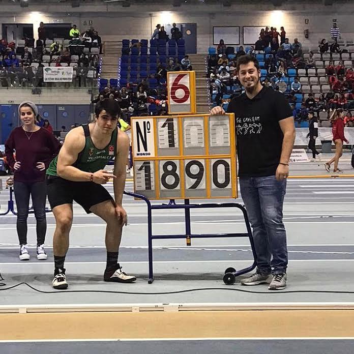 """Atletismo: Miguel Gómez (Majadahonda) vuelve a """"reventar"""" el récord de España de lanzamiento de peso en Antequera (Málaga)"""