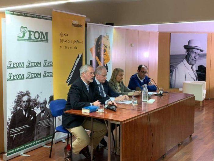 """El Ayuntamiento paga los 12.000 € del Premio Umbral de Majadahonda a Vargas Llosa pero se """"olvida"""" de colocar su logo en la presentación"""
