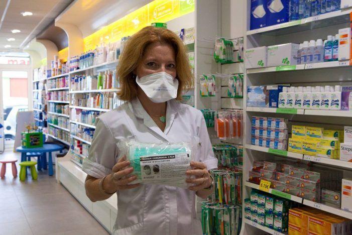 Farmacias de Majadahonda y Las Rozas agotan existencias de mascarillas entre la comunidad china