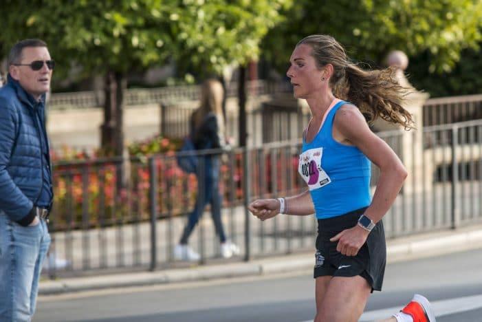 Atletismo: Montserrat Sánchez (Majadahonda) gana la Maratón de Murcia con 3.000 participantes