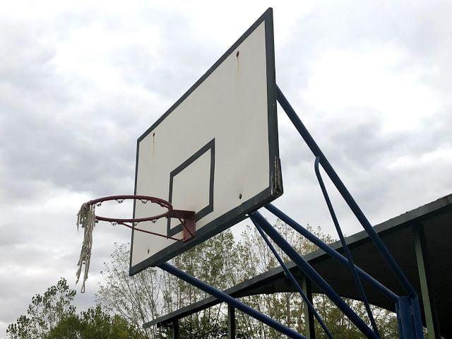 177 familias del colegio Benito Pérez Galdós Majadahonda se tienen que trasladar a Las Rozas para hacer deporte