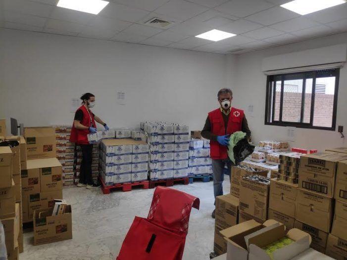 """Cruz Roja detecta 200 vecinos en Majadahonda-Las Rozas con """"extrema vulnerabilidad"""" frente al coronavirus"""