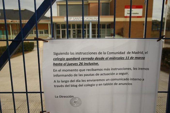 """""""La Vanguardia"""" en Majadahonda: padres, abuelos y profesores que piden teletrabajar como los funcionarios del Ayuntamiento"""