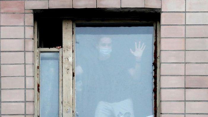 """El """"día a día"""" en Majadahonda con el ataque del """"virus de las trompetillas"""""""