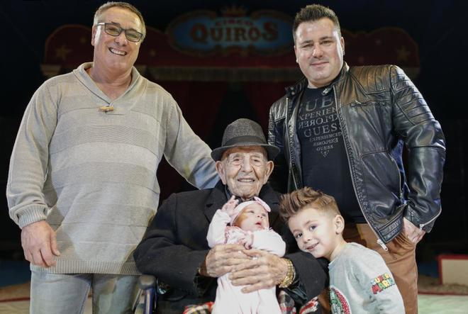 El domador de 103 años que dirige el circo de Majadahonda, Las Rozas y Boadilla guarda la cuarentena en Murcia