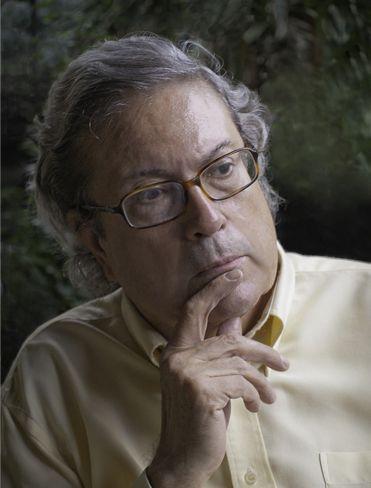 """Fernando Almena, dramaturgo de Majadahonda (III): """"Los niños pierden miedo o timidez y mejoran memoria y oralidad con el teatro"""""""