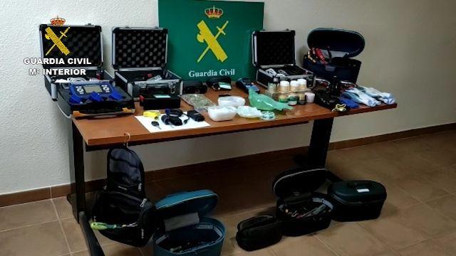 Cae la banda que atracaba farmacias, bares, ópticas y gasolineras en Las Rozas y el Pardillo