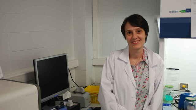"""Una científica de Majadahonda denuncia: """"nos ofrecimos como voluntarios pero no quieren ayuda"""""""