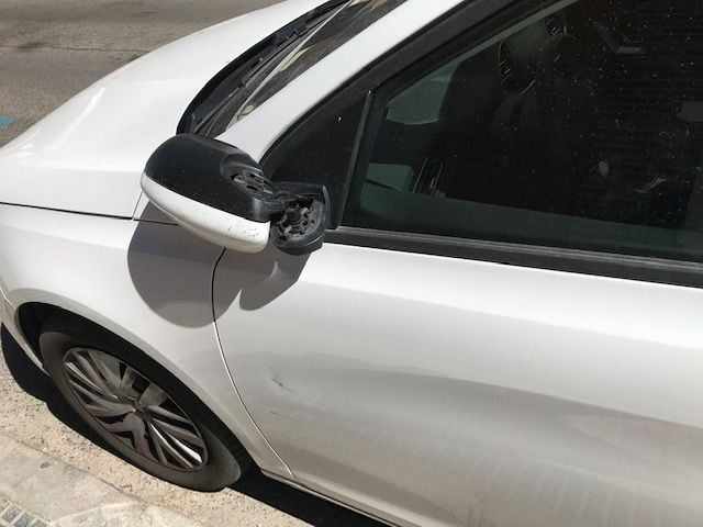 Nuevos actos de vandalismo en la calle Mieses de Majadahonda por parte del conocido perturbado