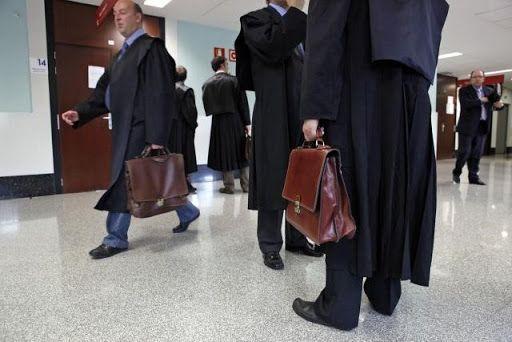 Las ofertas de los 14 bufetes de abogados que pugnan por el contrato municipal sobre AEDAS Majadahonda