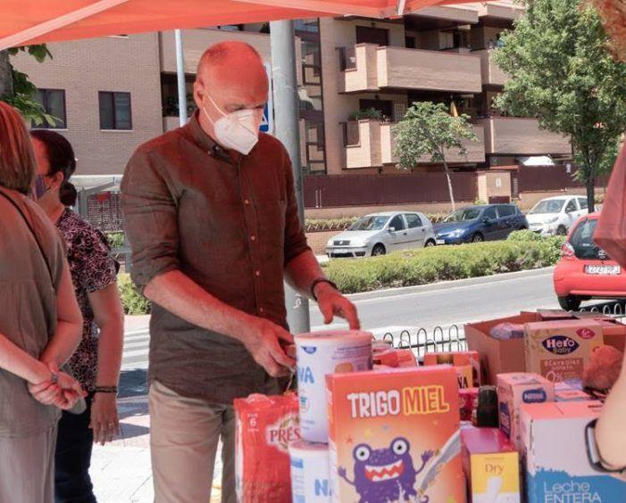Cs recauda 300 kg de alimentos en Las Rozas y concluye su campaña para Cáritas en Pozuelo y Majadahonda