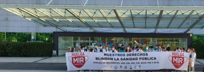 La huelga de los médicos MIR en Majadahonda se salda con disparidad de cifras (95%/44%) y una plaza nueva