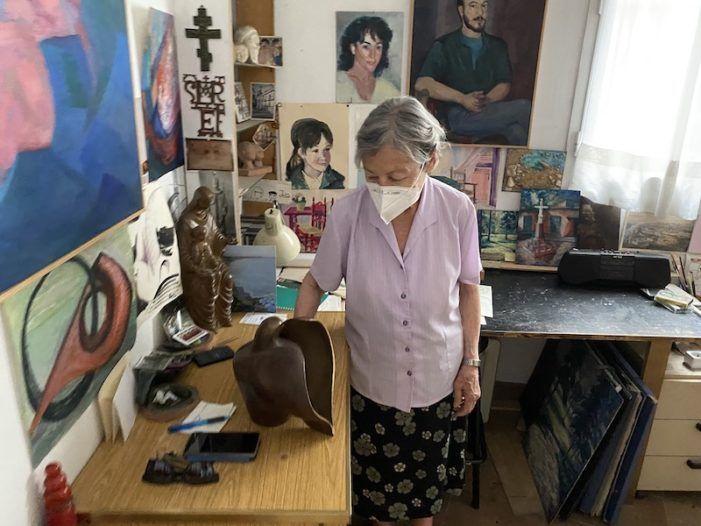 """""""El Salón de los Once"""": los más conocidos artistas de Majadahonda exponen sus obras en Cáritas"""