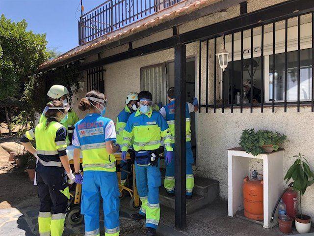 Dos pintores y dos técnicos de emergencias de Pozuelo intoxicados por inhalación de disolvente: ingresados en Majadahonda