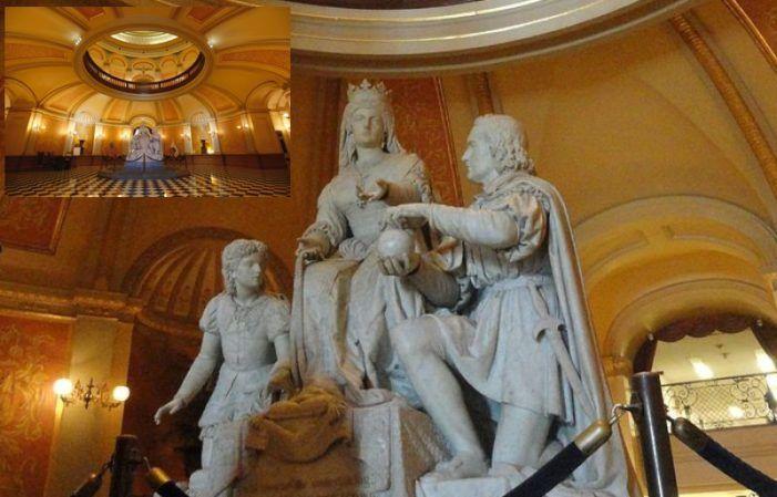 Pleno Majadahonda: aprueban una estatua a Rubalcaba y el porte de traer de EEUU otras de Isabel, Colón y Cervantes
