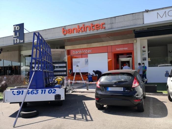 Tercer robo nocturno del cajero de Bankinter en La Bolsa (Majadahonda): todos en viernes y de madrugada