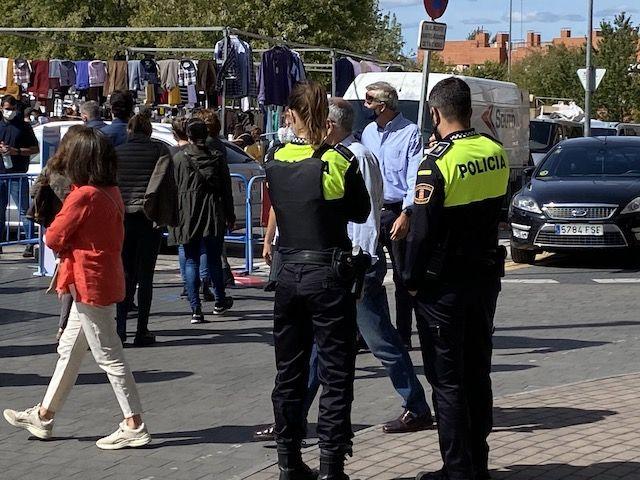 """""""Botellón"""" y cuarentenas: """"errática gestión de seguridad"""" en Majadahonda (Javier de la Uz)"""