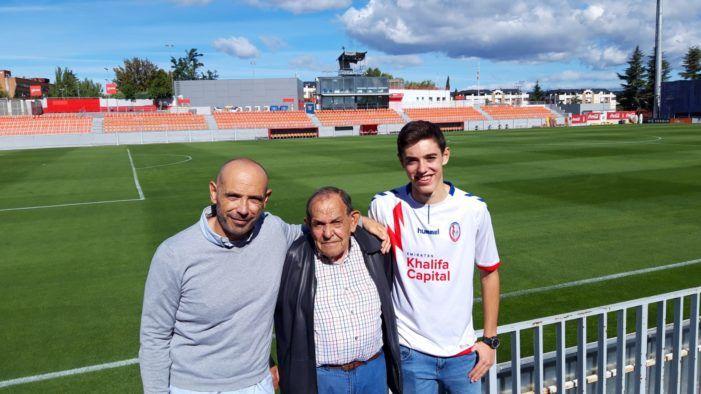 """Ramiro Aguilar, el presidente que puso nombre al """"Cerro del Espino"""": tres generaciones unidas por el Rayo Majadahonda"""