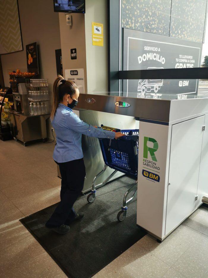 El supermercado BM instala en Majadahonda un sistema pionero en desinfección de carros