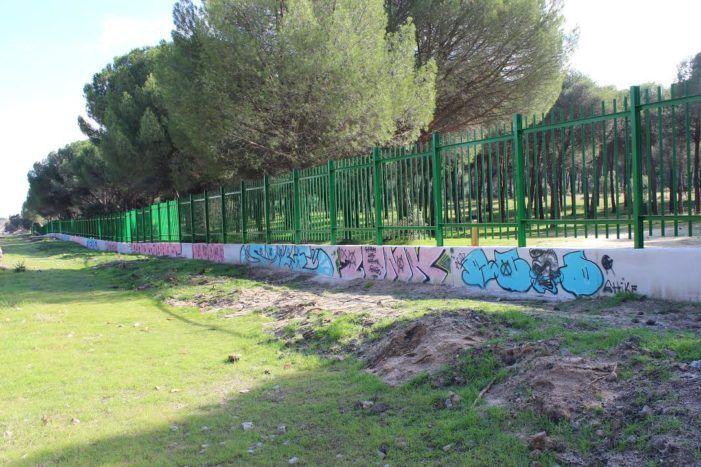 Muro Virgen de Icíar: el Ayuntamiento de Majadahonda lleva 1 mes sin atender la limpieza de grafitis