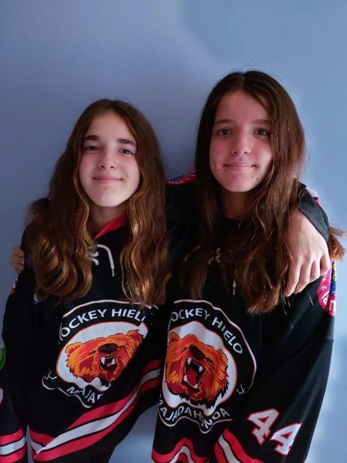 """Hockey Hielo Majadahonda: Claudia y Paula Martínez debutan con el """"senior"""" a los 14 años"""