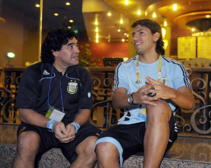 La desenfrenada vida de Maradona en Majadahonda, Boadilla y Pozuelo con su hija Giannina y su nieto Benjamín