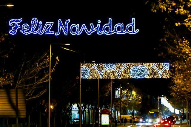 Pozuelo y Boadilla suben en 2020 el gasto en luces navideñas, Majadahonda lo baja