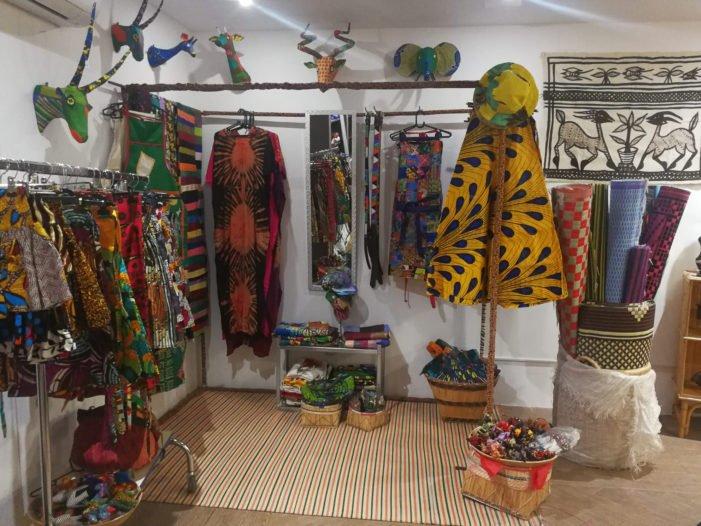Vuelve al Burgo Centro de Las Rozas la Exposición de Artesanía Tribal Africana con 1 hora de parking gratis