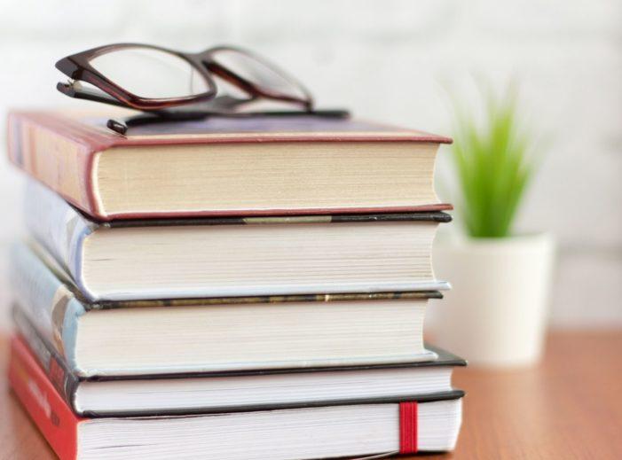 5 grandes libros de 2020 que debes leer en 2021