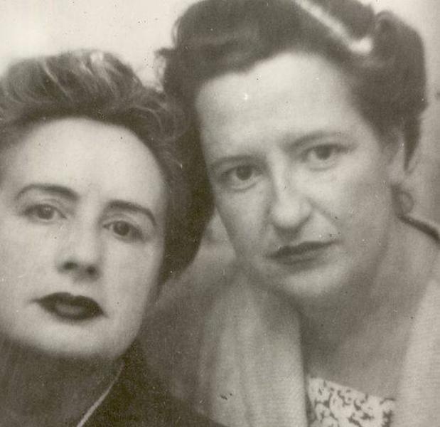 """""""La Vanguardia"""" recuerda a la escritora Carmen Conde, su bisexualidad y su fallecimiento en Majadahonda"""