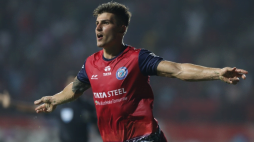 """El futbolista Sergio Castel, el más """"internacional"""" de España, jugó en el Rayo Majadahonda y en Las Rozas"""