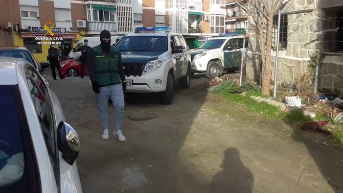 Guardia Civil desarticula una banda de Majadahonda y Villanueva de la Cañada: 239 robos a comercios y bares