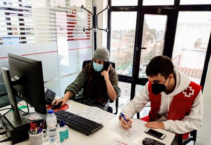 """Cruz Roja lanza una nueva campaña para jóvenes de Majadahonda y Las Rozas contra alcohol y drogas en """"botellón"""" y discotecas"""