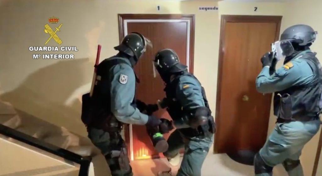 Guardia Civil detiene a los 4 colombianos que asaltaban casas de chinos en Majadahonda, Boadilla, Galapagar y Brunete