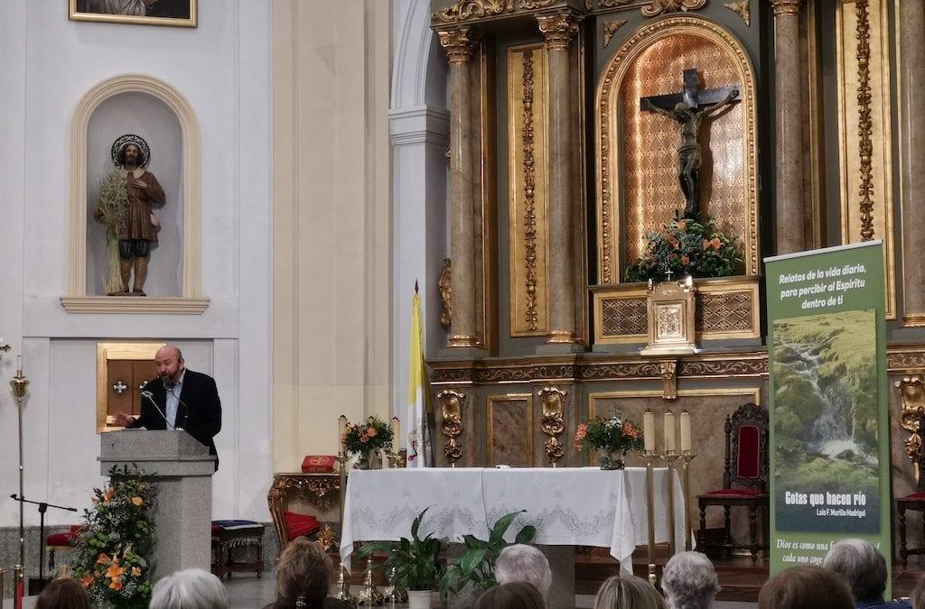 """""""Gotas que hacen río"""":  el autor de Majadahonda al que lee el Papa Francisco"""