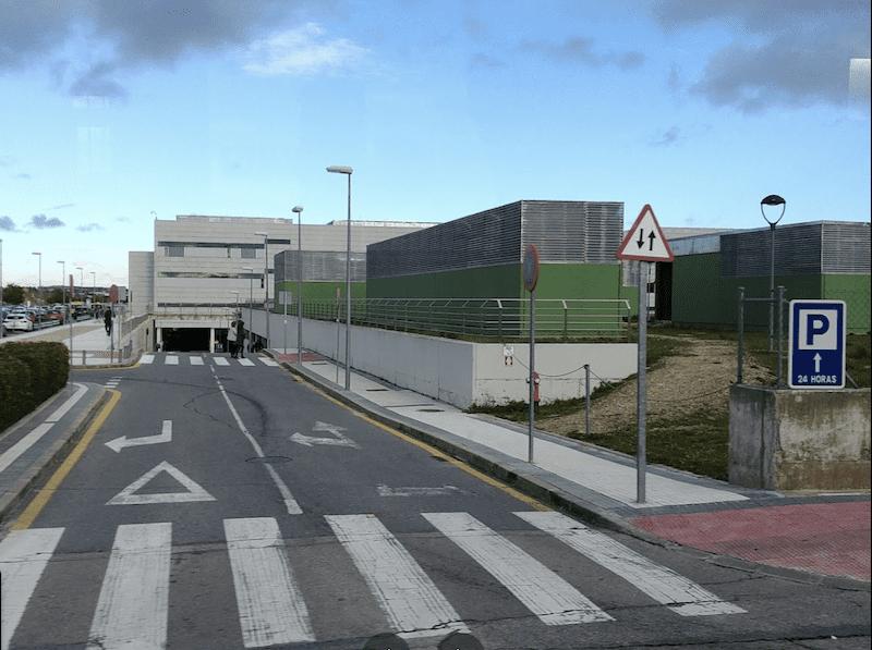Atropella a un chico en el paso de cebra del Hospital Puerta de Hierro Majadahonda y se da a la fuga