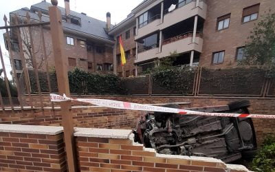 Espectacular foto del accidente en Príncipe de Asturias (Monte del Pilar Majadahonda) y 2 heridos graves en Valdemorillo al Puerta de Hierro